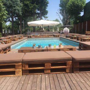 Milan Castle Paderno Castello con piscina