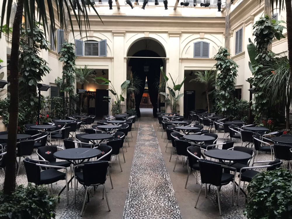 Foto: Pinot Nero Dinner Dolce e Gabbana Bar Bistrot Martini Milano