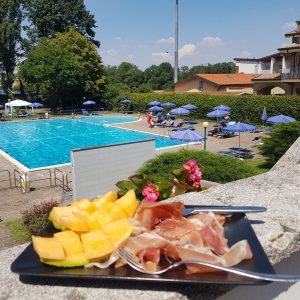 foto piscina baranzate 2